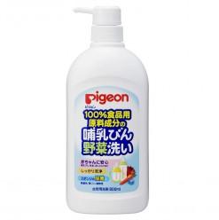 Моющее средство Pigeon для мытья сосок, молочных бутылок, овощей и детских игрушек 800мл.